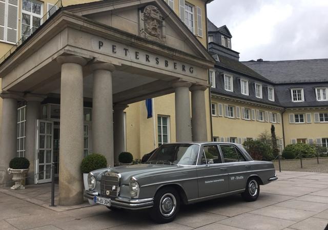 Oldtimer-Mercedes-W108-web